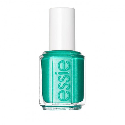 Lo smalto Essie nel colore Naughty Nautical, estivo e brillante, è l'accessorio perfetto per le tue mani!